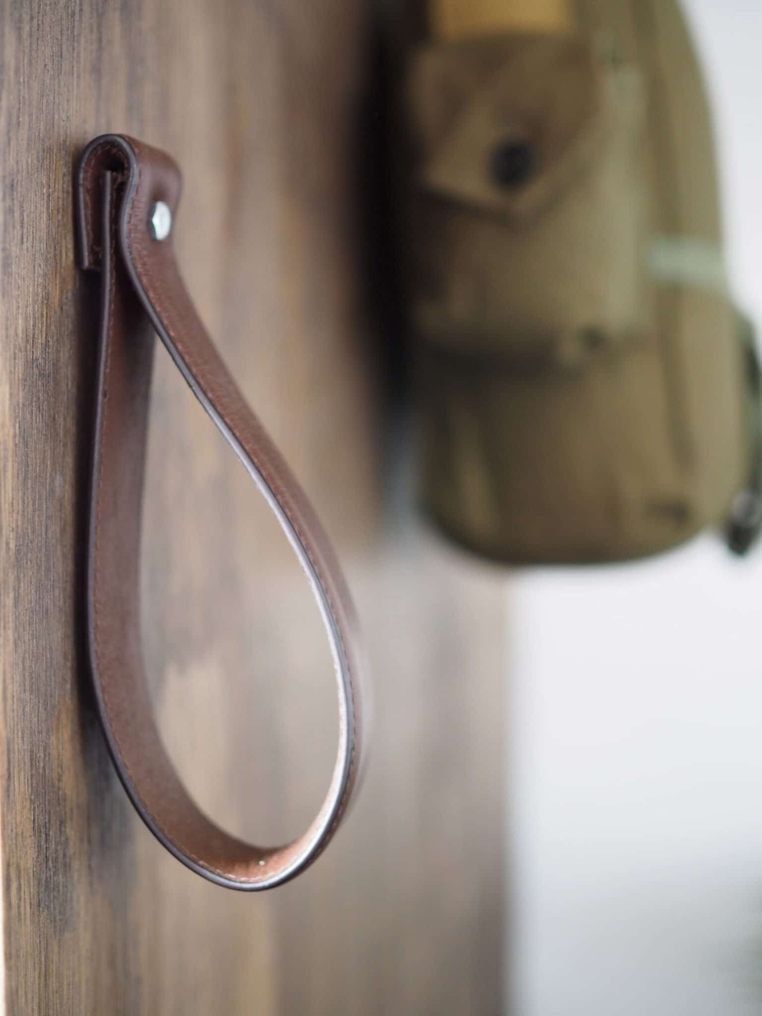 DIY LEATHER DOOR PULL