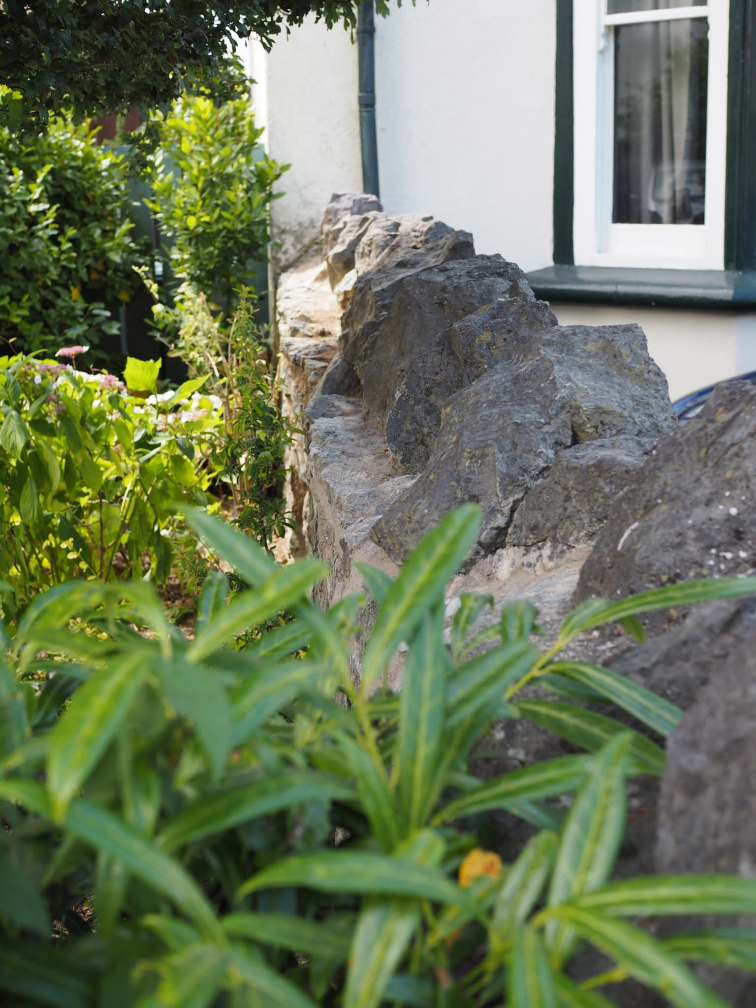How to repoint a stone wall