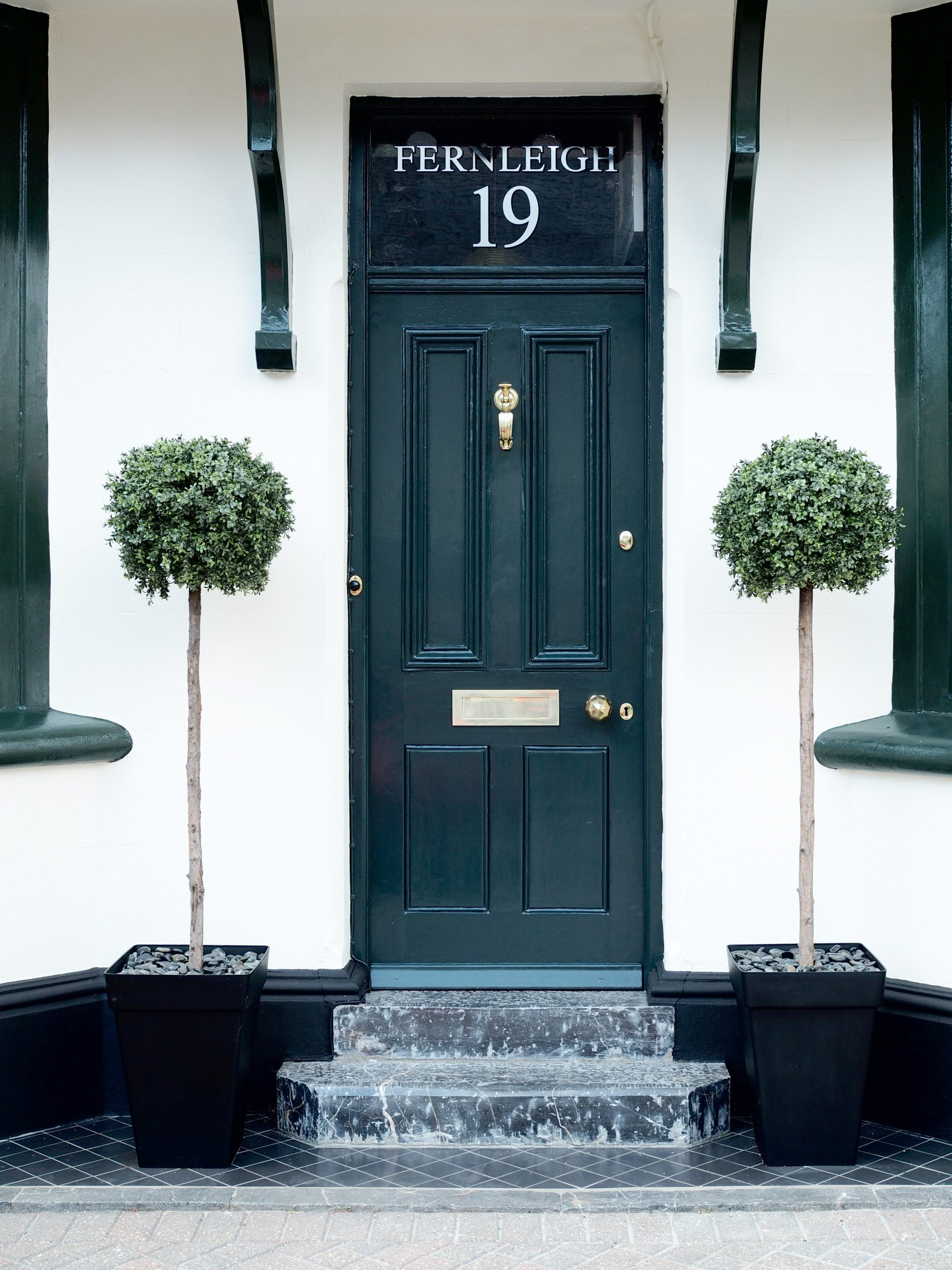 How To Paint A front Door in the Right Order