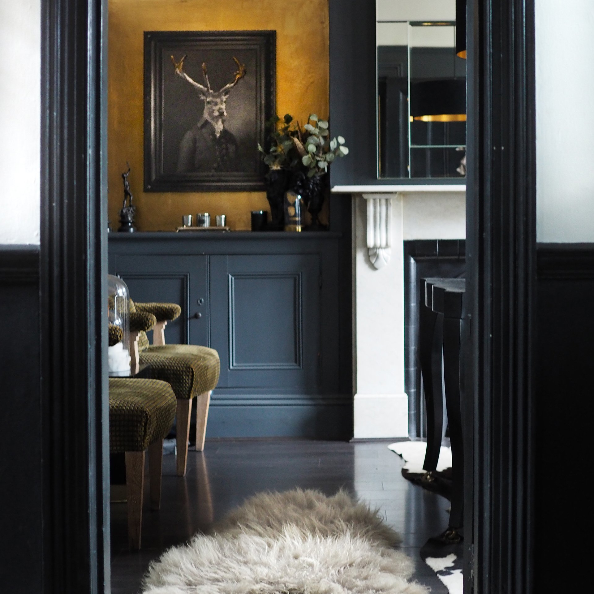 Home And Interiors Directory - Wallpaper And Paint